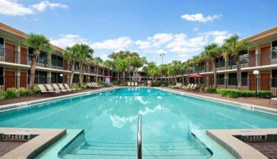 Hotel-Ramada-Gateway-08