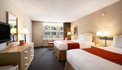 Hotel-Ramada-Gateway-11